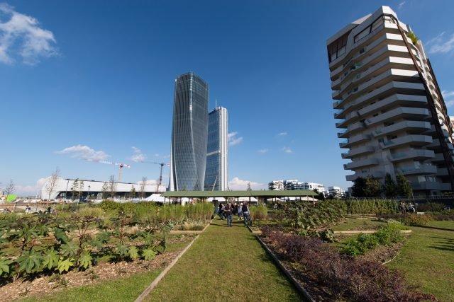 Gli orti fioriti di Citylife